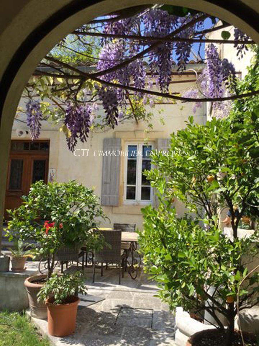 0 www.cti-provence.net A VENDRE MAISON DE MAITRE PROPRIETE CHARME JARDIN PISCINE DROME PROVENCALE