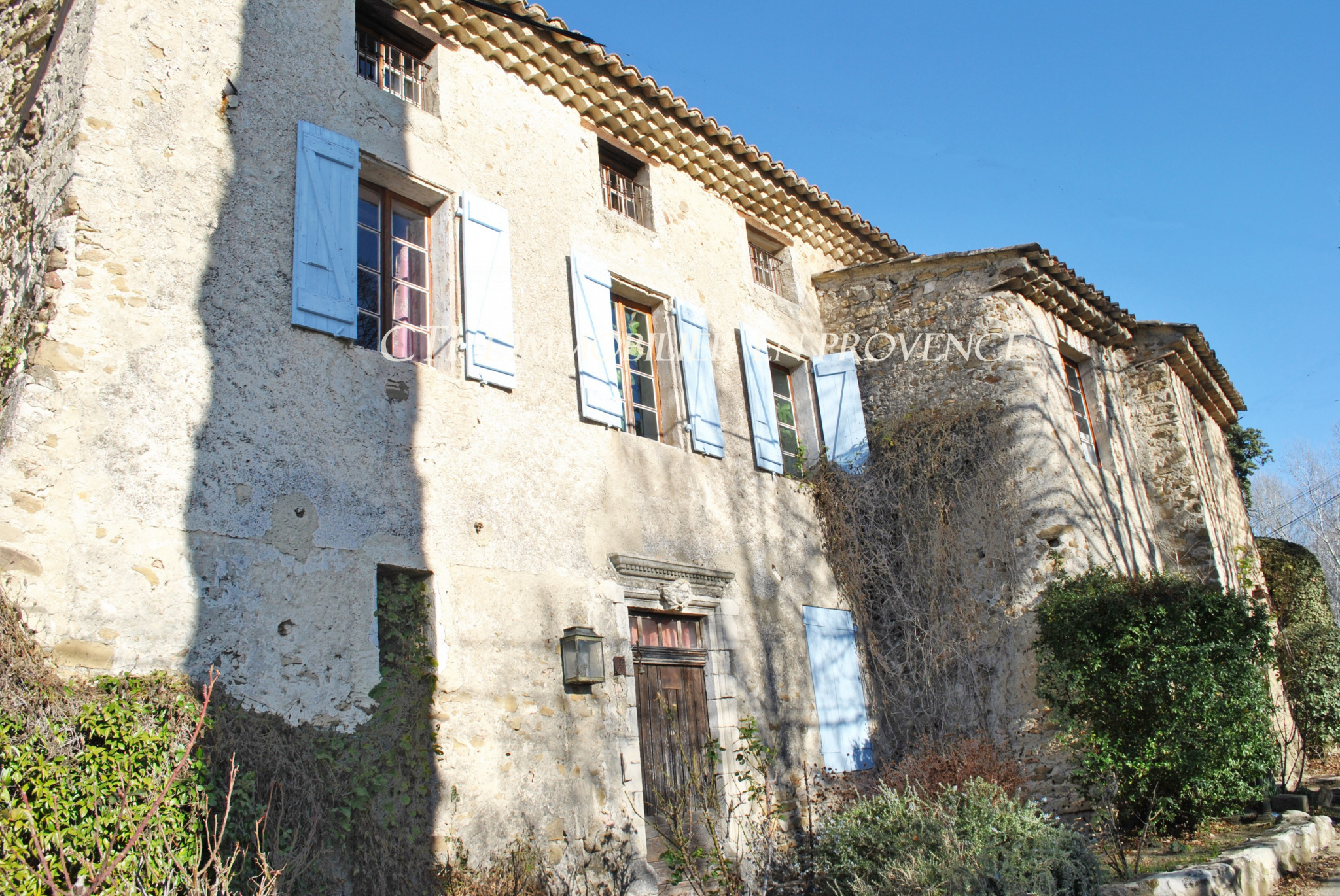 In the countryside of Vaison-La-Romaine