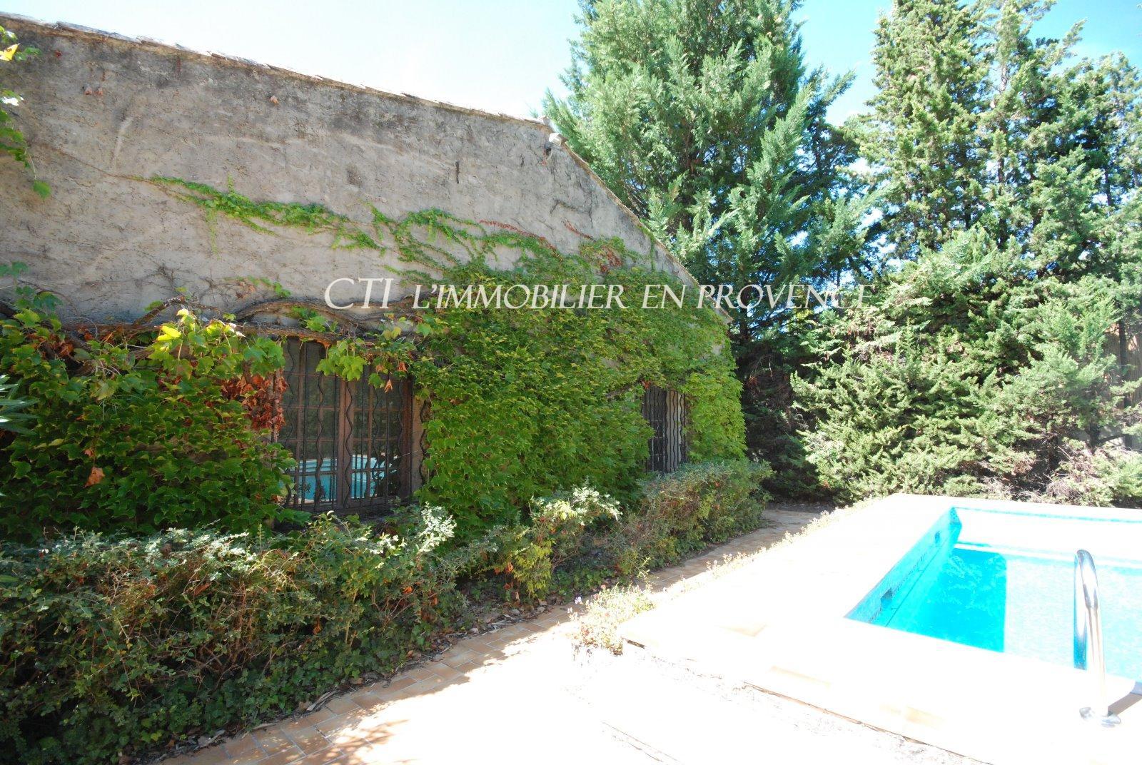 Vente spacieuse maison a vendre gite dependances - Hotel vaison la romaine piscine ...