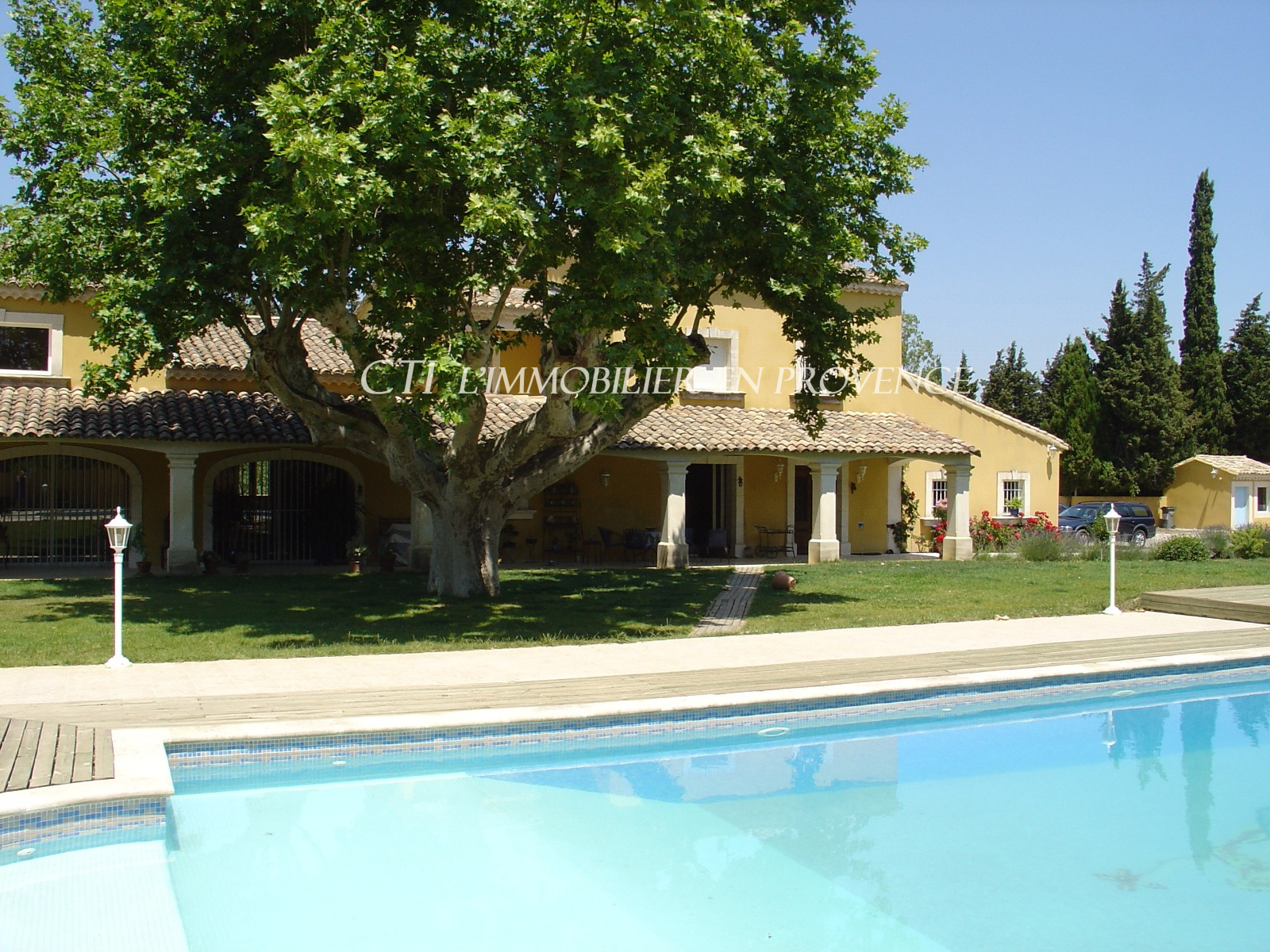 18th century property near Avignon