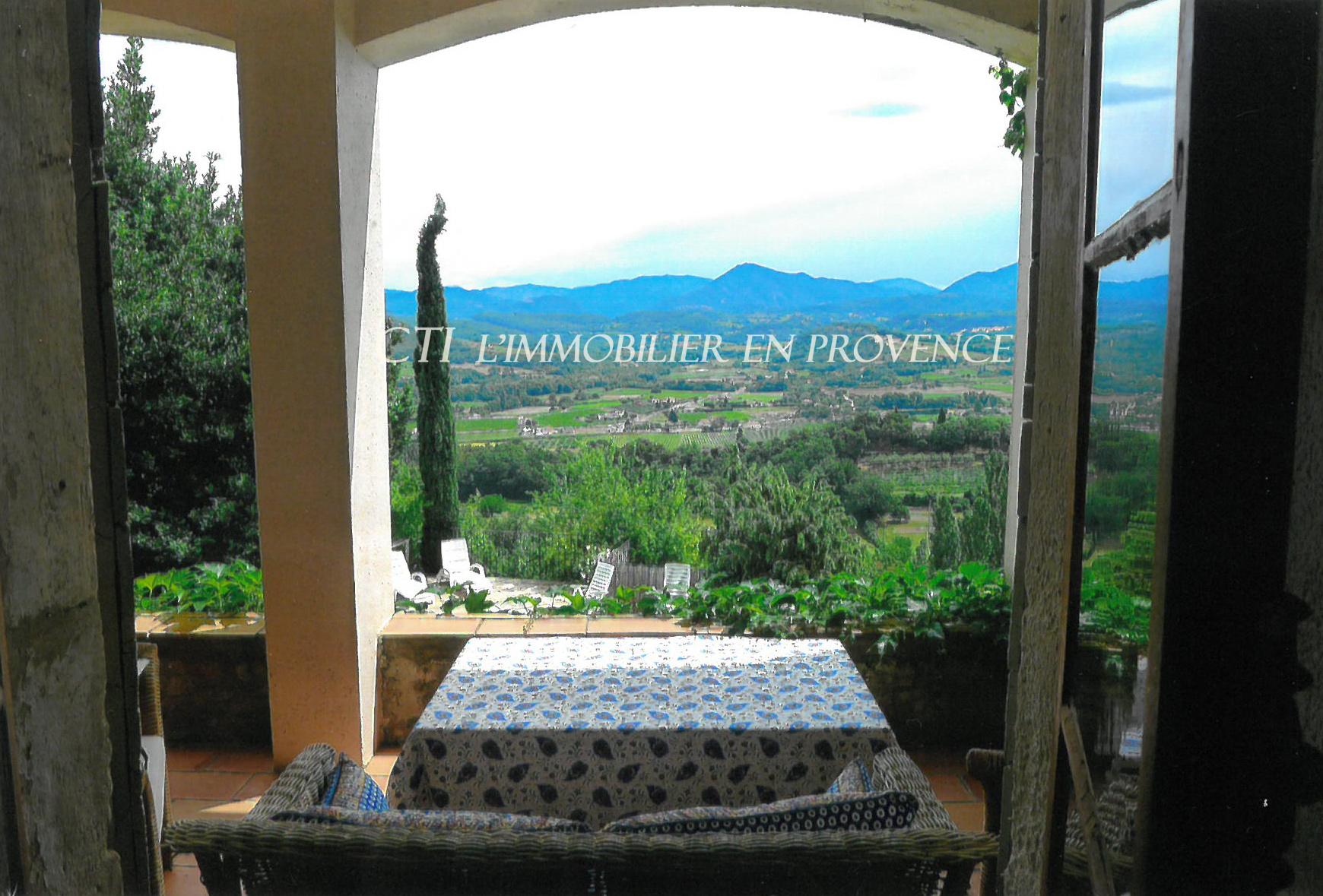 0 www.cti-provence.net, vente demeure de village position dominante, vue Ventoux, restaurée,