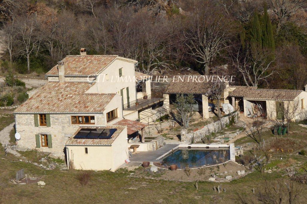 0 www.cti-provence.net; vente  ancienne ferme du 19ème siècle, gîte indép