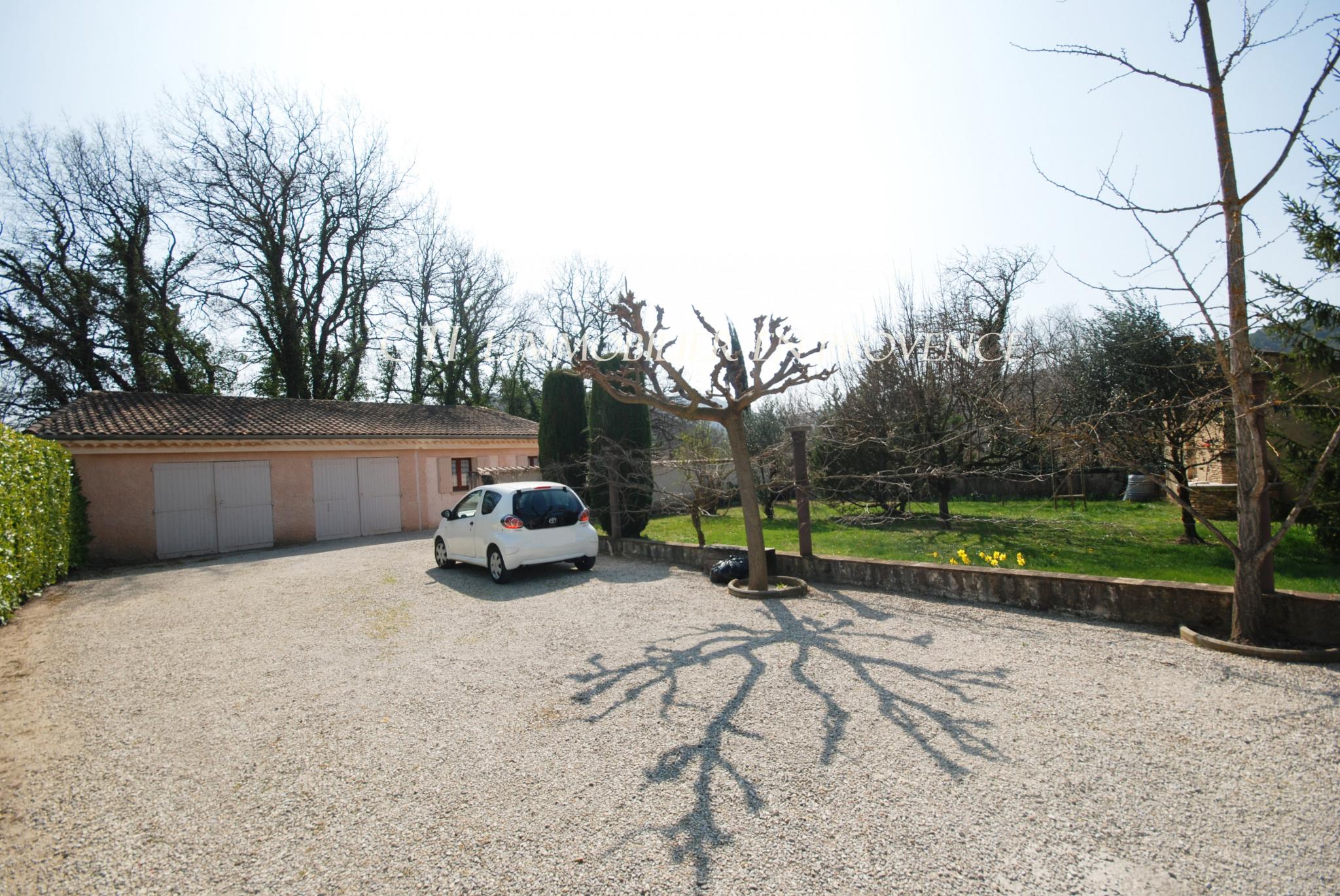 0 www.cti-provence.net, vente grande maison avec 3 logements en viager mixte, terrain clos 3 garages