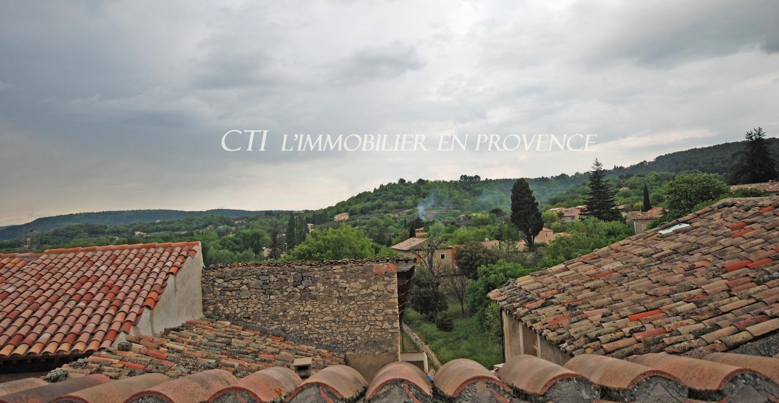 0 www.cti-provence.netn vente, maison de village (2 log.) avec garage; terrasse et caves voût&