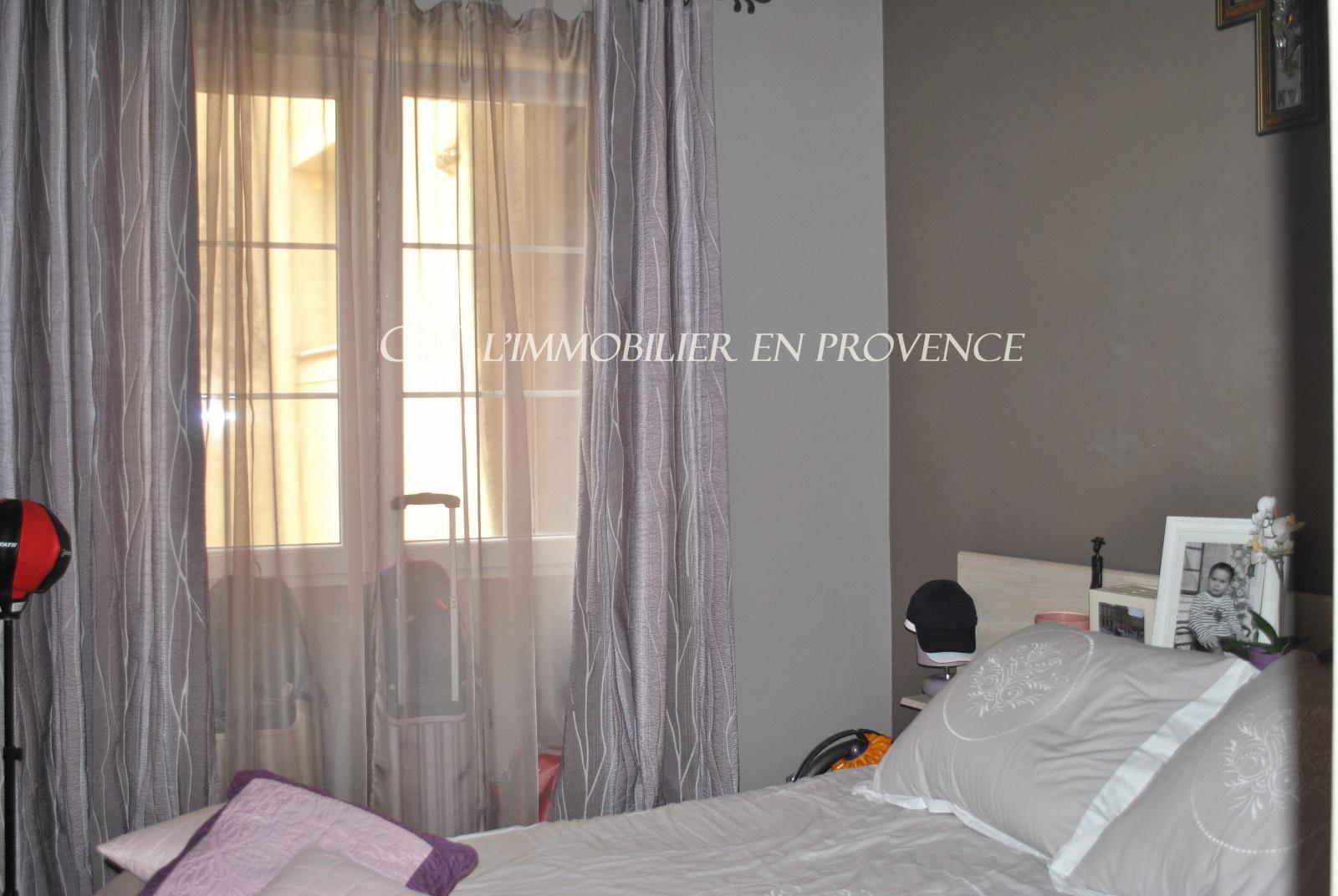 0 www.cti-provence.net, vente maison de village entièrement restaurée, 2 terrasses, ga