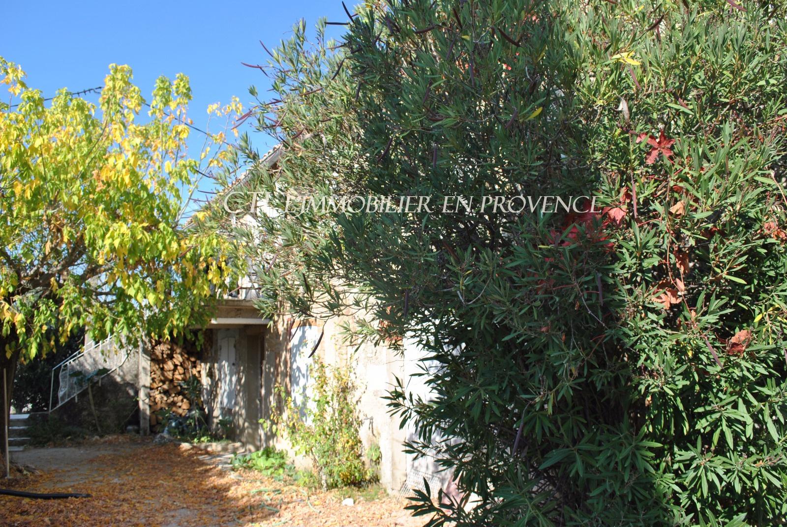 0 www.cti-provence.net, vente ferme en pierre à restaurer, 10 mn de Vaison, terrain
