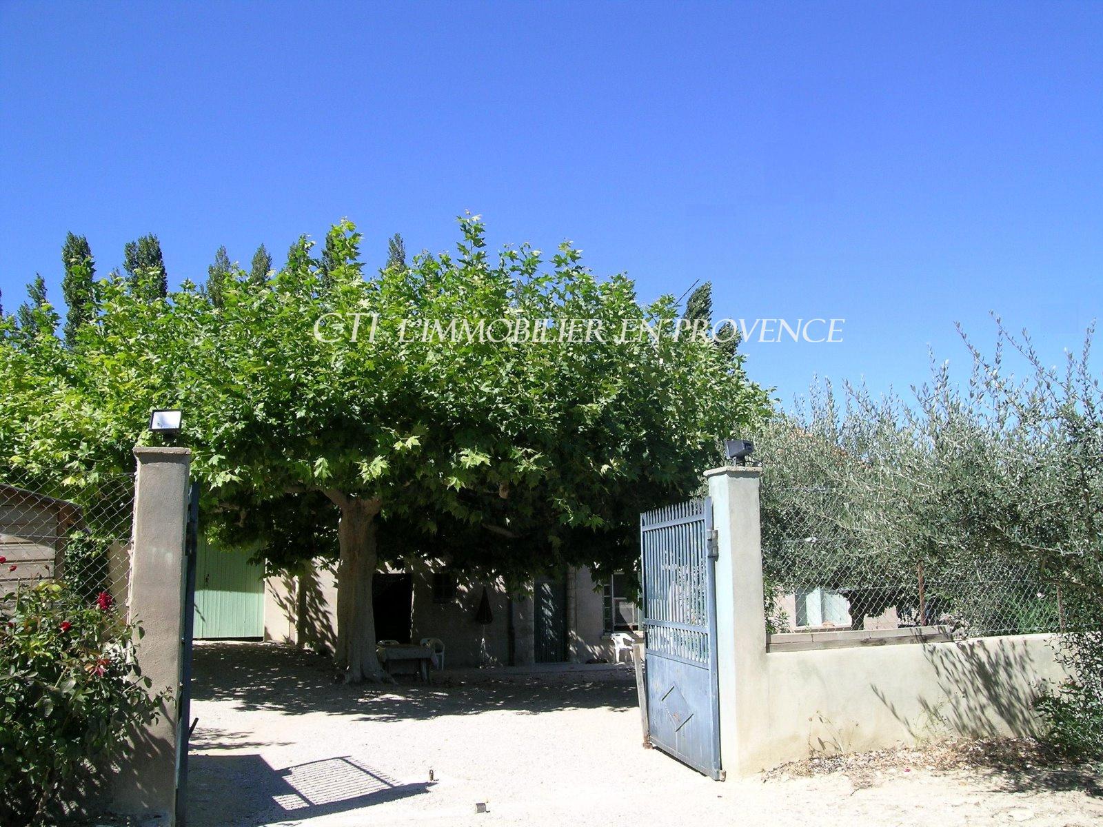 0 www.cti-provence.net, vente 5 mn Vaison, situation privilégiée, mas en pierre avec v