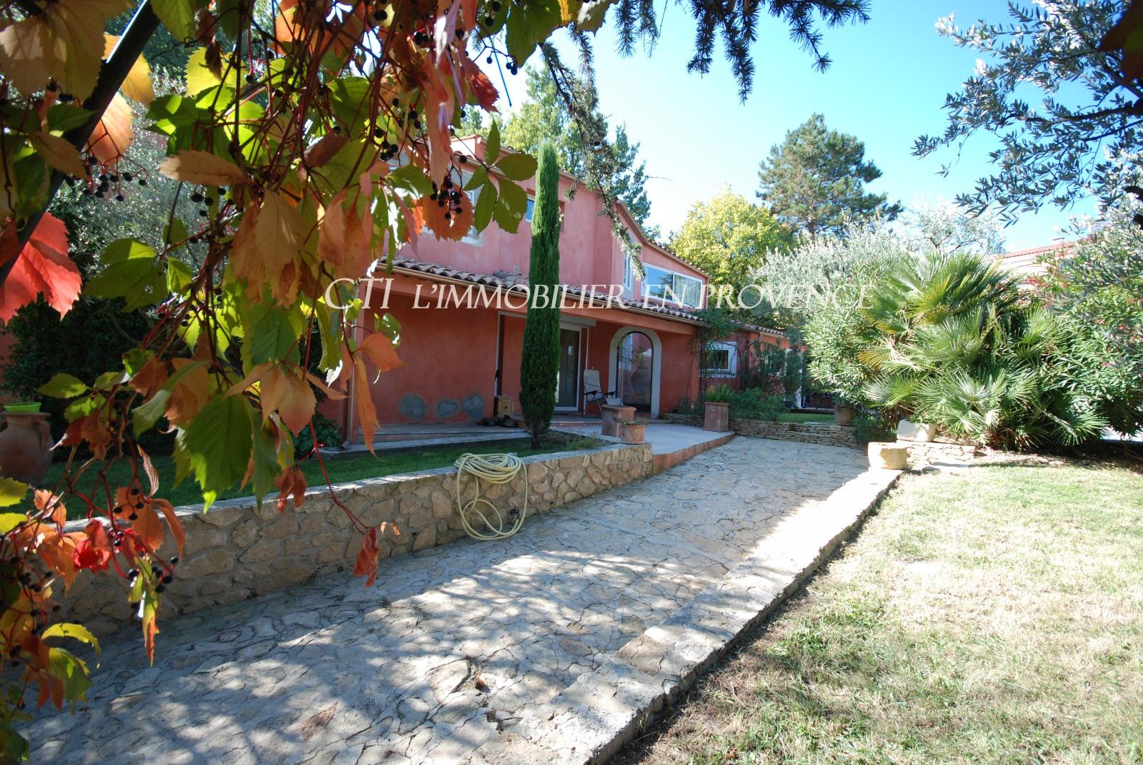 0 www.cti-provence.net VENTE PROPRIETE VILLA CARACTERE CENTRE VILLE VAISON-LA-ROMAINE JARDIN PISCINE