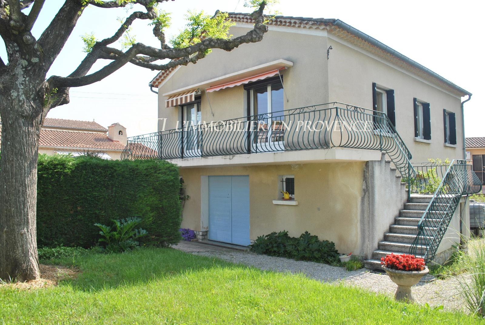 0 www.cti-provence.net vente maison sur 2 niveaux, avec 2 chambres et dépendances, jardin clo