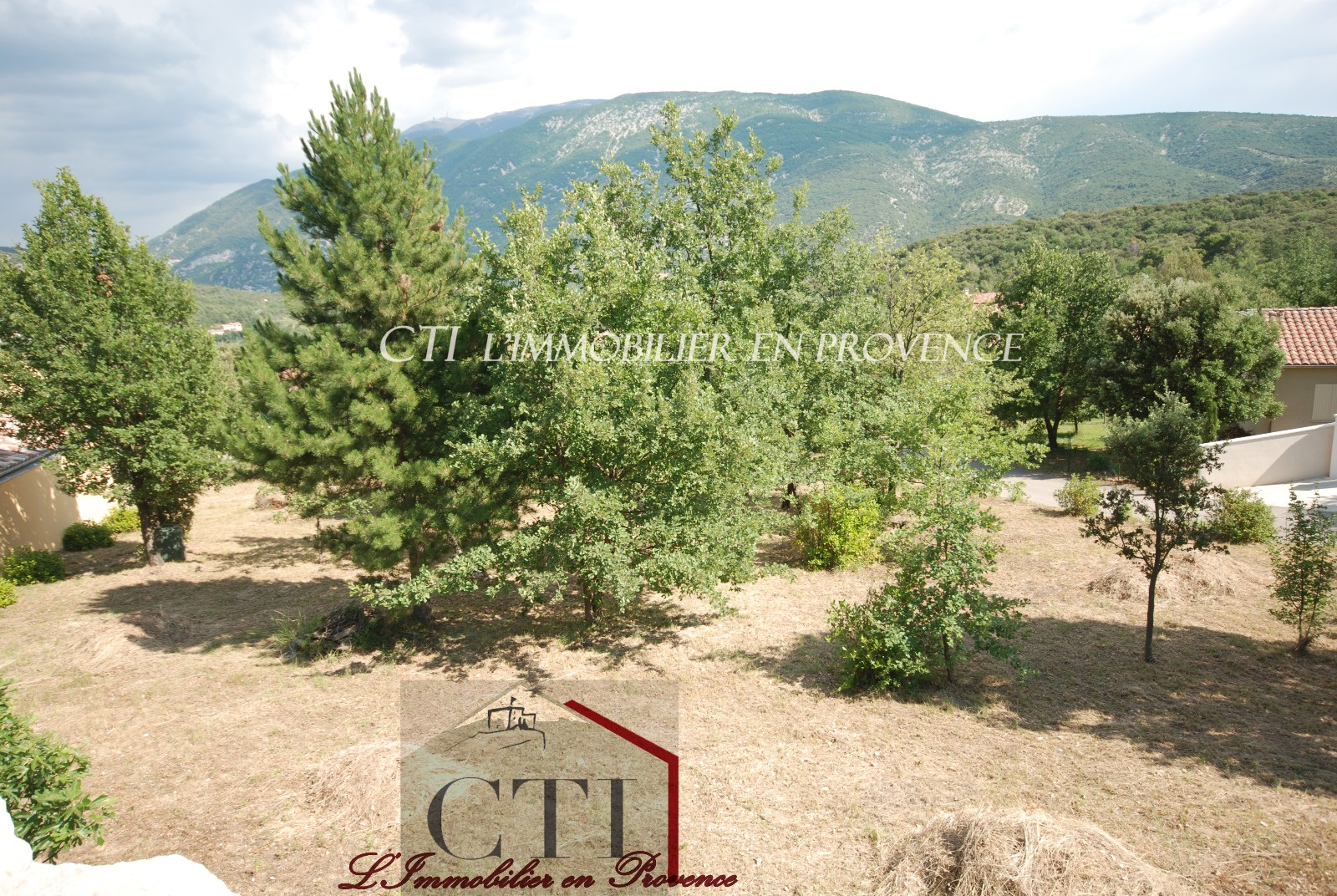 Beautiful plot of land for sale with southern exposure