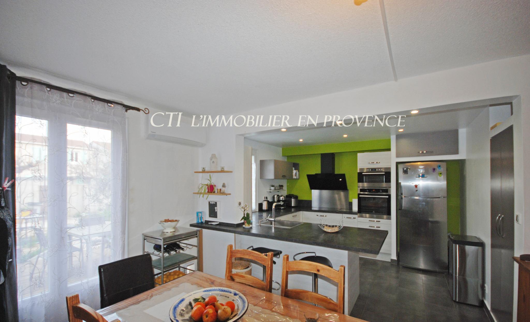 0 www.cti-provence.net MAISON VILLA PROCHE CENTRE VILLE VAISON-LA-ROMAINE A PIED JARDIN  CLOS GARAGE