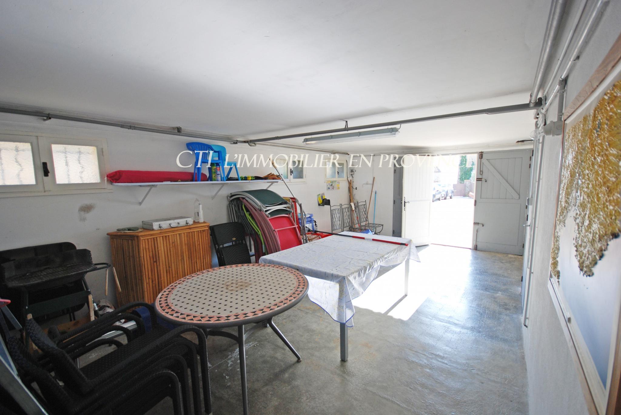 0 A VENDRE www.cti-provence.net MAISON EN PIERRE JARDIN PISCINE VUE LE BARROUX TERRASSES GARAGE