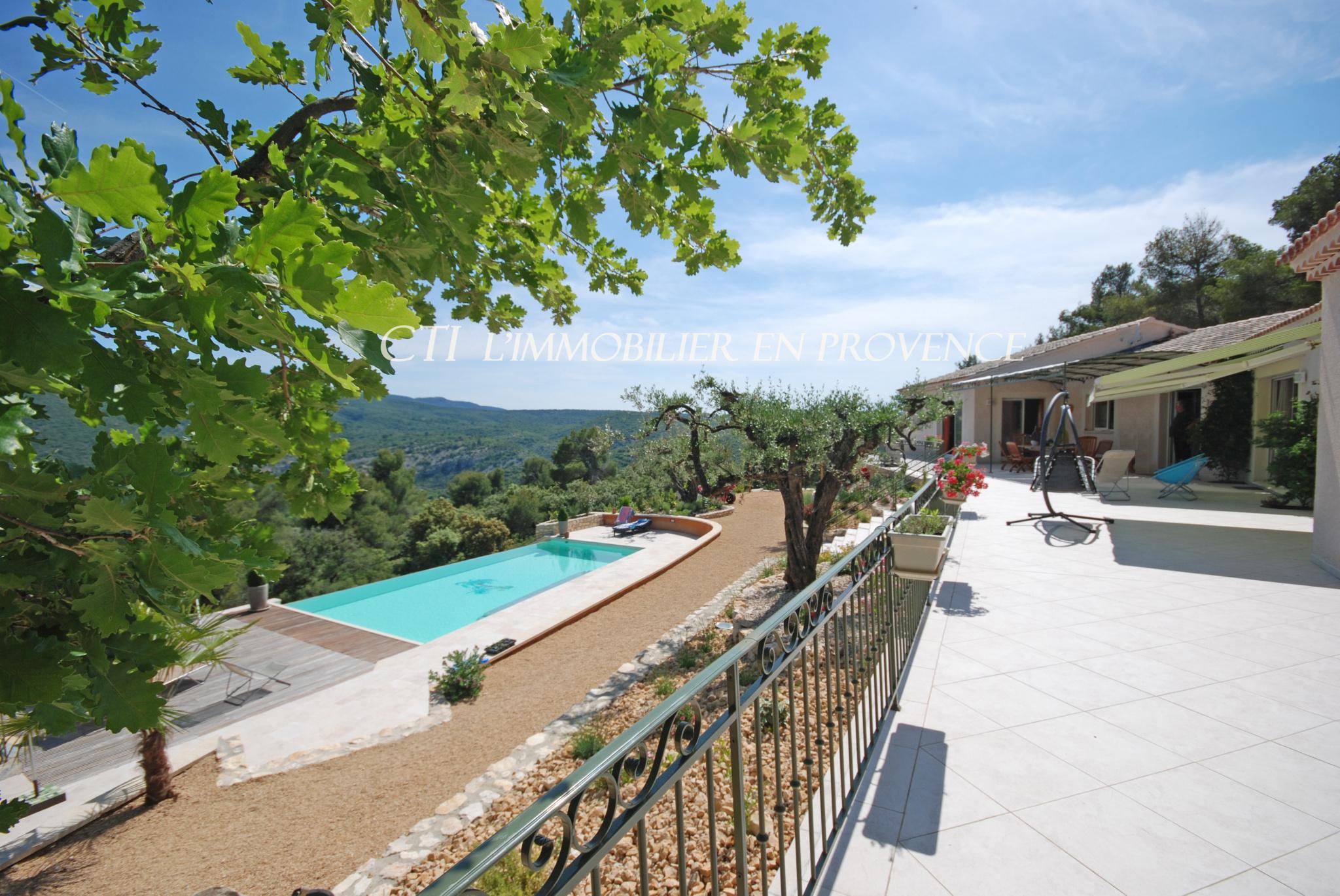0 www.cti-provence.net grande maison d'architecte plain-pied vue panoramique sur le Mont Ventoux