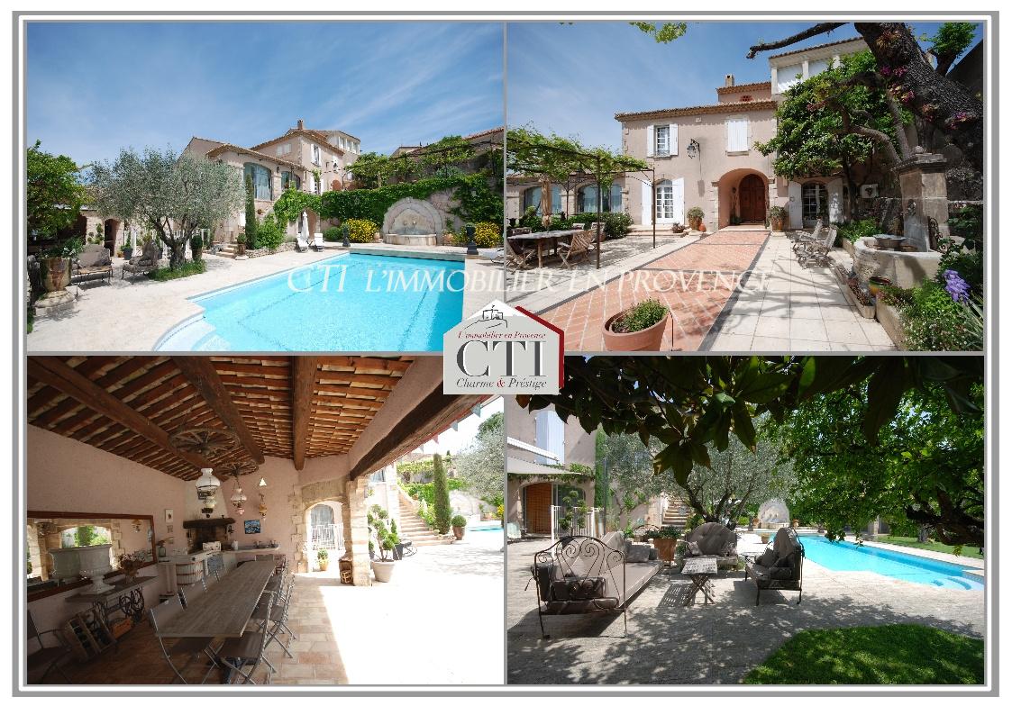 0 www.cti-provence.net,A vendre, propriété de caractère dans un village, domina
