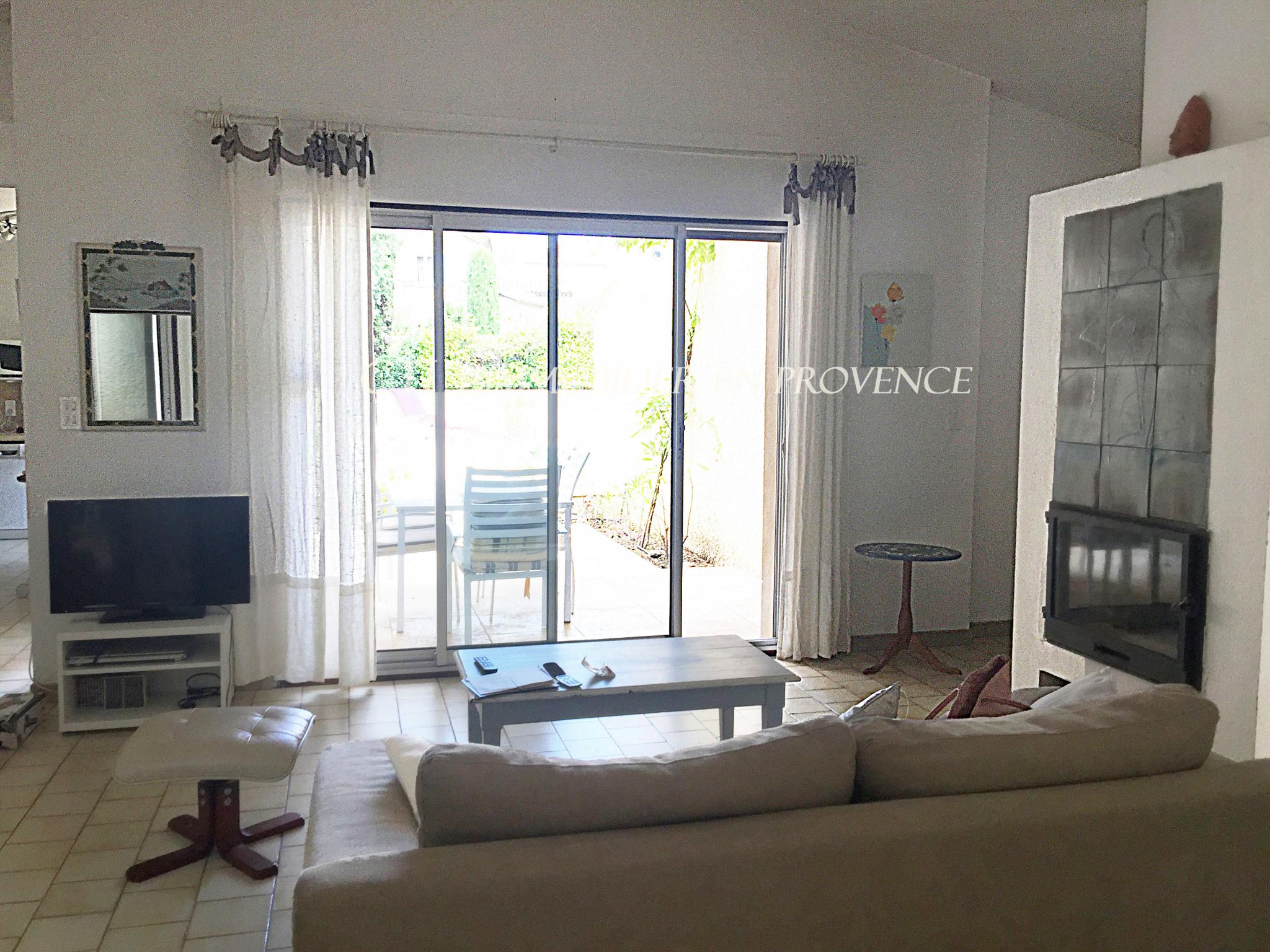 A vendre villa 7 pièces proche Mont Ventoux et Vaison-la-Romaine gîte PIscine