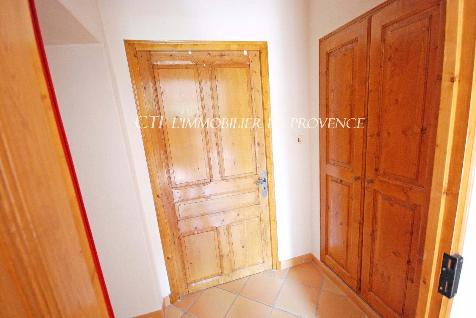 0 www.cti-provence.net A VENDRE PROPRIÉTÉ PIERRE MAS PARC VUE MONT VENTOUX PISCINE PRO