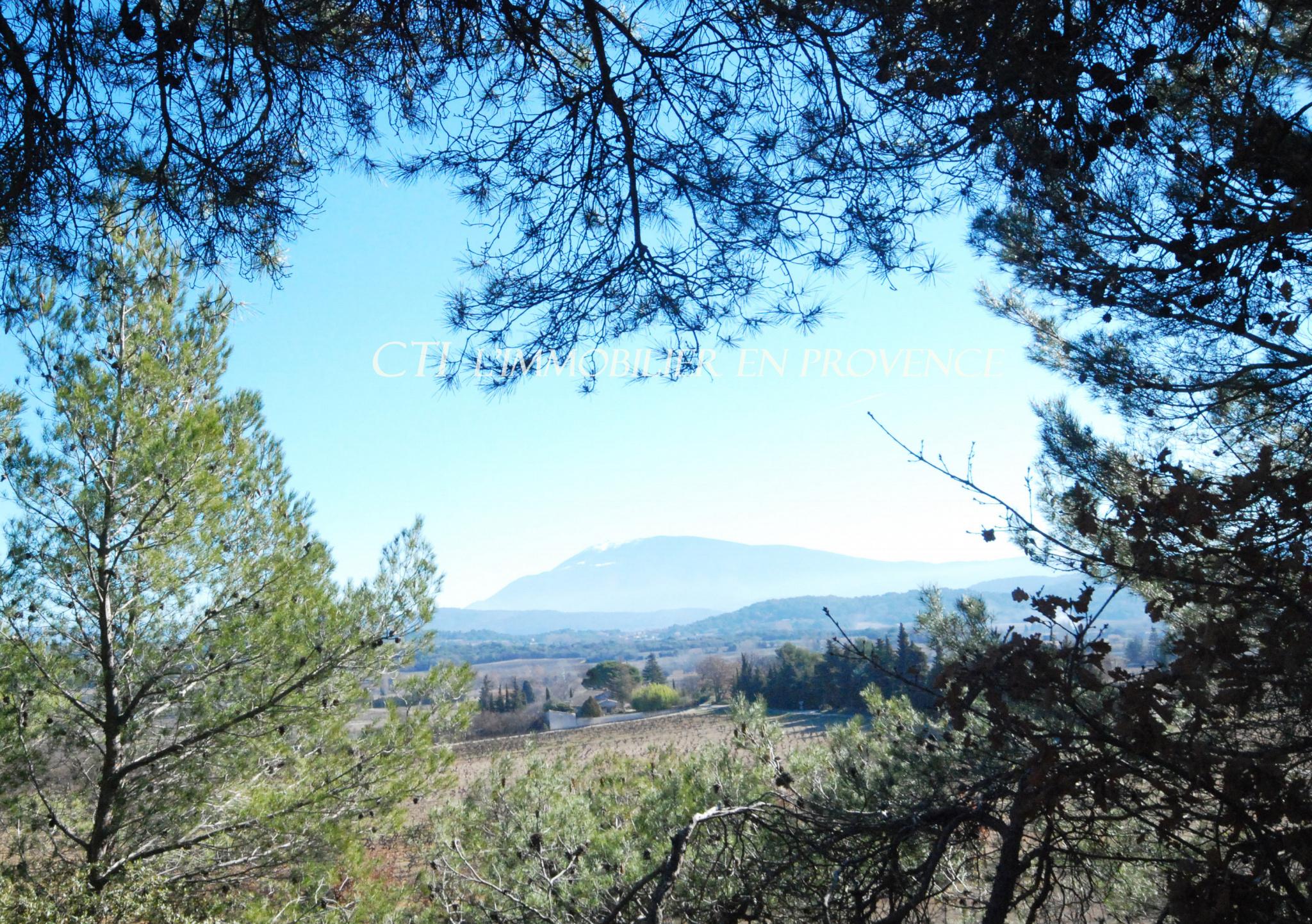0 A VENDRE www.cti-provence.net VILLA PROVENÇALE DOMINANTE VUE MONT VENTOUX JARDIN GARAGE CAMPAGNE