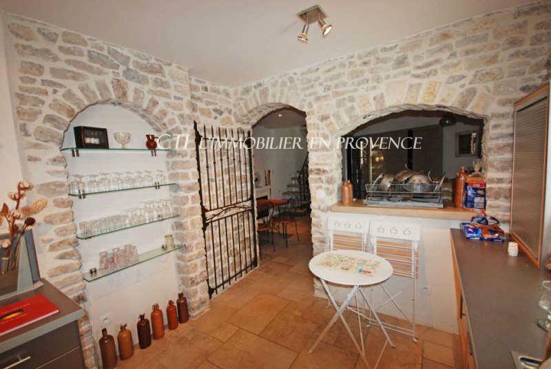 0 www.cti-provence.net, vente, dans Vieux Vaison, maison restaurée,terrasse et 2 caves, bon c