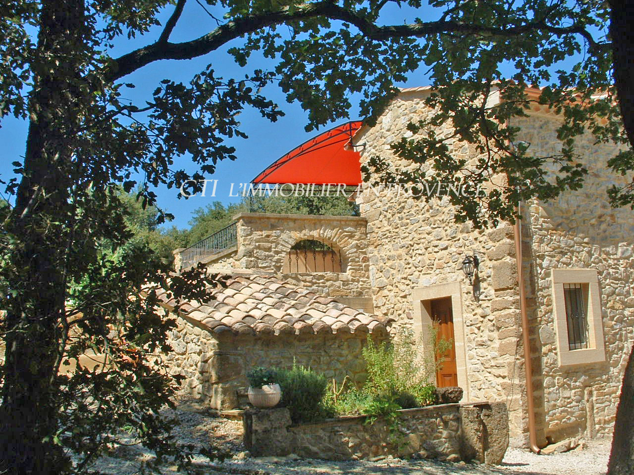 www.cti-provence.net -Vente propriété en pierre, beaux volumes. S.H 290 m²   d&ea