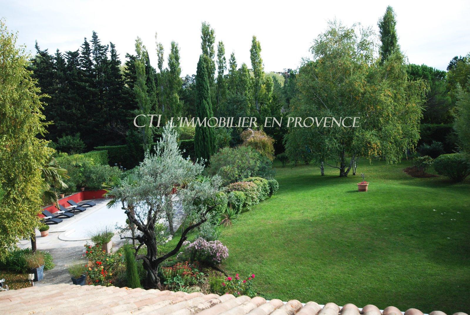 0 www.cti-provence.net, vente très belle bastide dans un parc de 3 570 m² paysagé